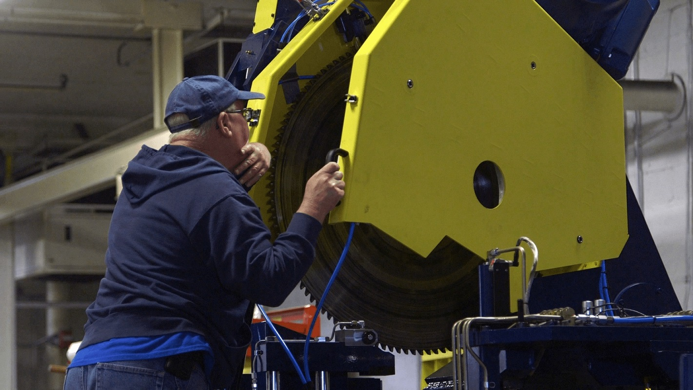 maximizing your uptime for high production metal sawing machines